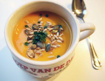 Pompoensoep met wortel en gember - Beter door Eten