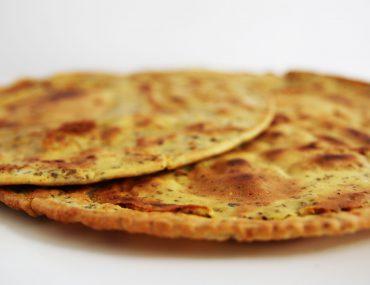 Glutenvrij en vegan platbrood van kikkererwtenmeel - Beter door Eten