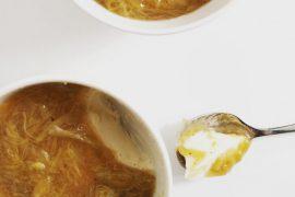 Panna cotta met rabarber - Beter door Eten